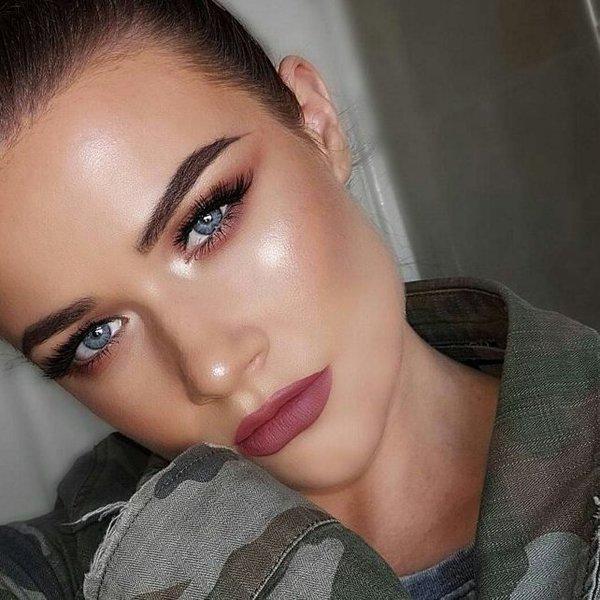 matte-lipstick-mistakes