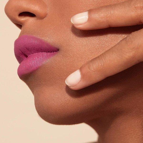 как да носиш пурпурно червило
