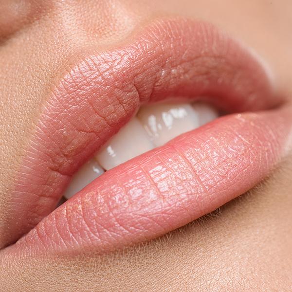 три съвета за грижа за устните през лятото