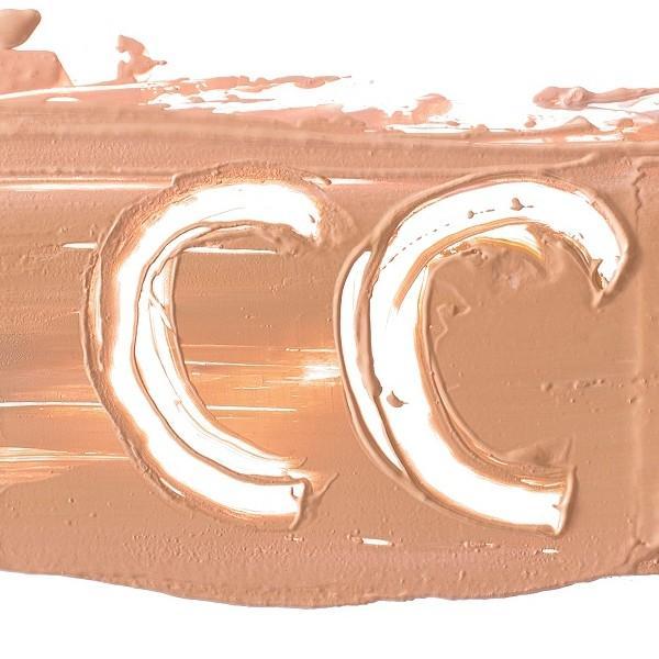 Най-добрите CC кремове и корективни фон дьо тени за равномерен тен