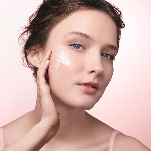 Хидратацията е първата стъпка за вечно млада кожа