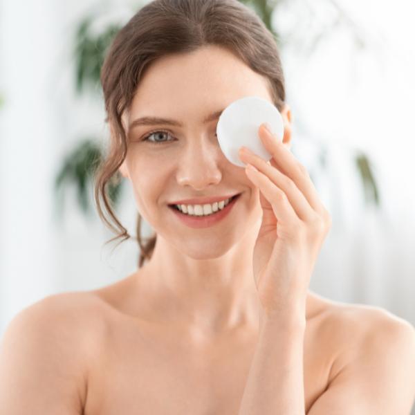 Garnier мицеларна вода: Идеалният продукт за почистване на лицето